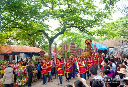 http://hungyentourism.com.vn/tien-lu-noi-luu-giu-ve-dep-thuan-viet